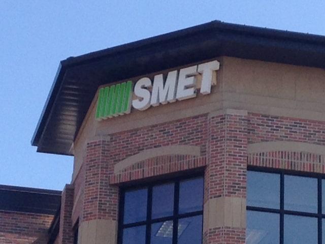Smet Green Logo